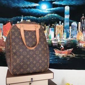 💥Authentic💥 Louis Vuitton Excursion satchel bag